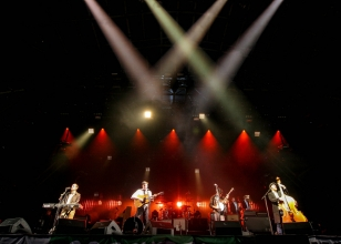 mumford-and-sons-2-glastonbury-2013-nc